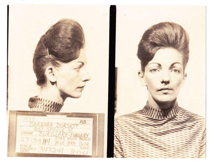 Vintage Bad Girl Mugshots (23 pics)