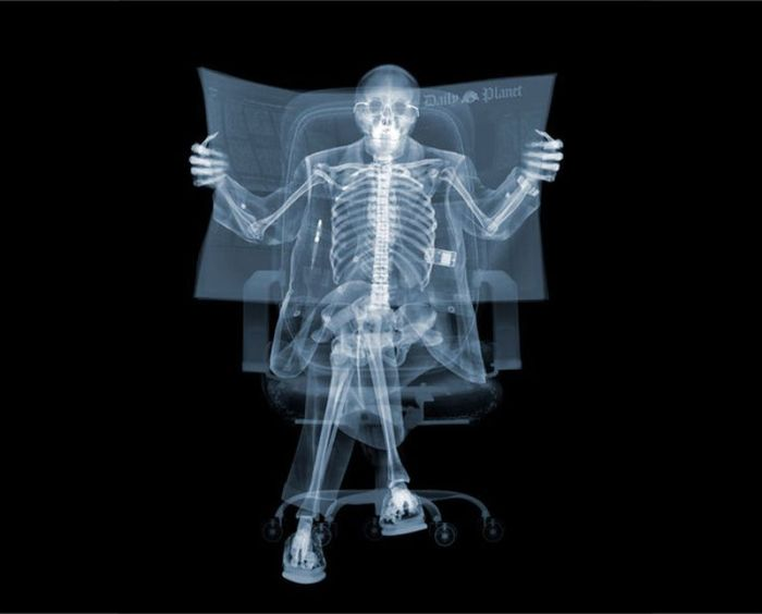 X-ray by Nick Veasey (56 pics)
