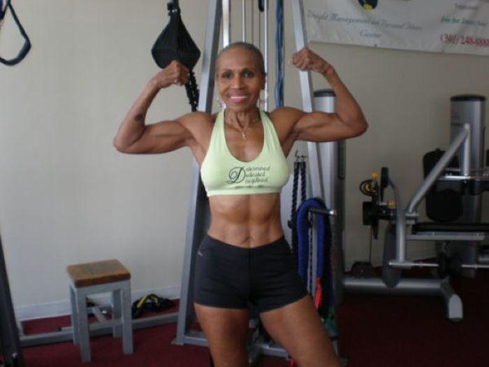 Ernestine Sheperd (12 pics)