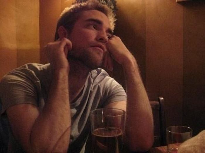 Robert Pattinson Private Life  (32 pics)