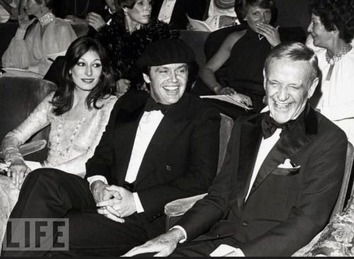 Rare Photos of Famous People. Part 18 (89 pics)