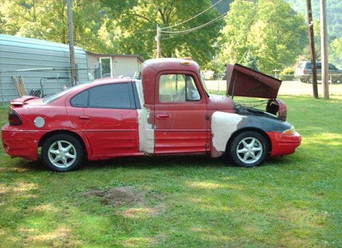 Coupe Meets Truck (4 pics)