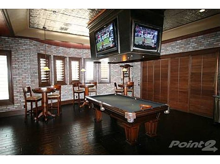 Awesome Man Caves 20 Pics