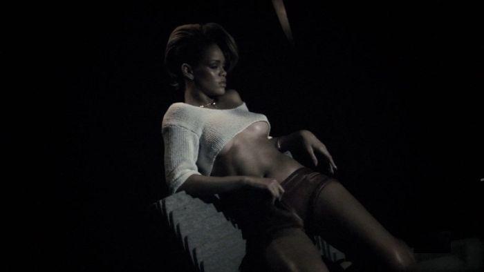 Rihanna in GQ Photo Shooting (12 pics)