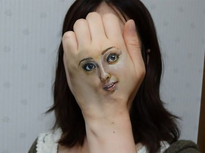 Creepy Face Paintings (6 pics)