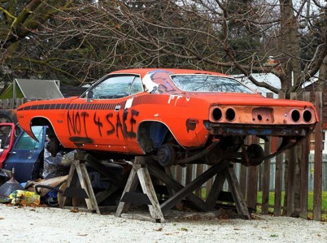 Abandoned Cars (72 pics)