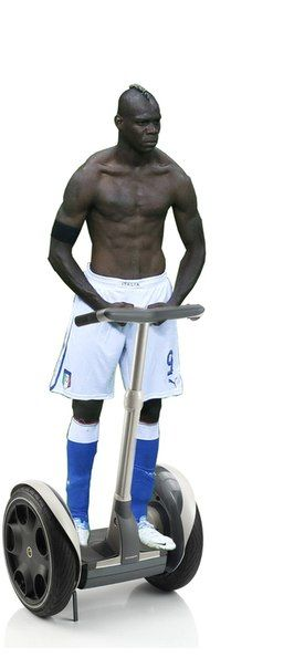 Photoshopped Pictures of Mario Balotelli (31 pics)