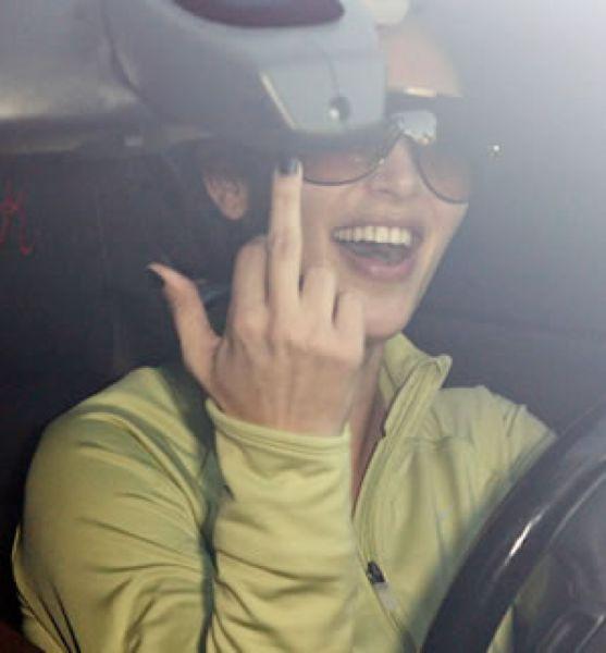 Celebs Showing Finger (16 pics)