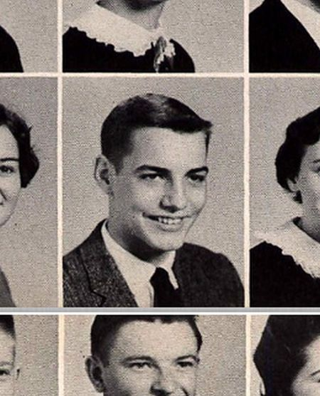 Yearbook Photos Of Media Personalities (32 pics)