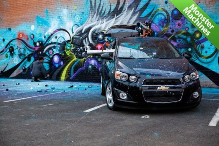 Graffiti Car by Jeff Soto (41 pics)