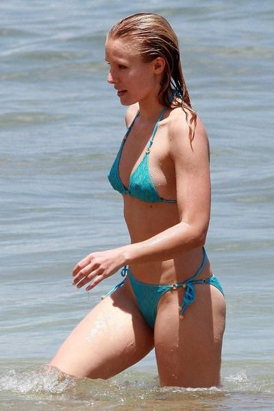 Celebrities Wearing Blue Bikini (51 pics)