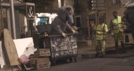 Funny Giant Animals Prank