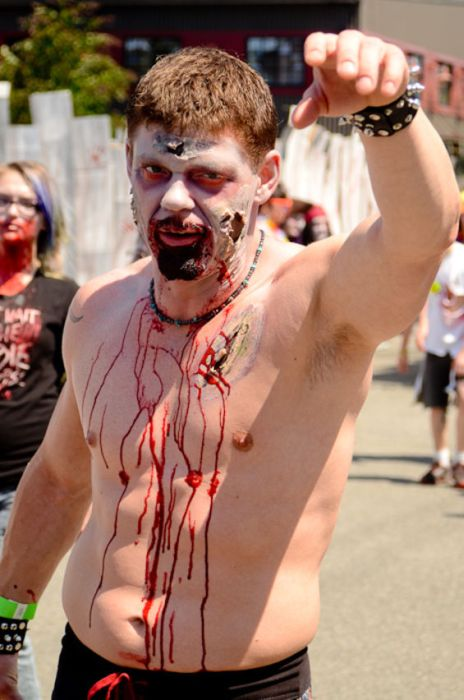 Seattle's Zombie World Record Attempt (28 pics)