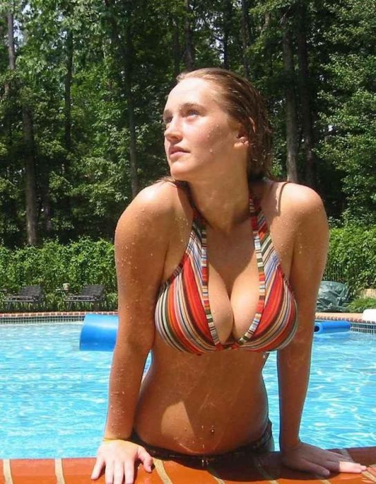 These Amateur Girls Have Something in Common (30 pics)