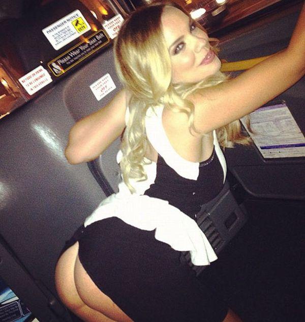 Maria Fowler Skirt Malfunction (6 pics)