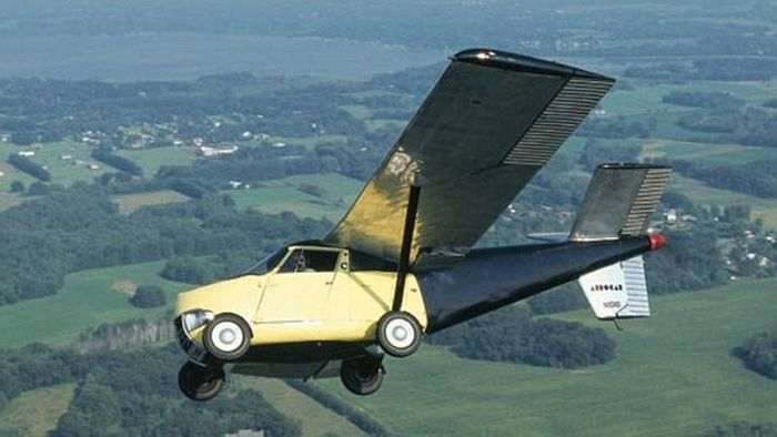 Flying 'AeroCar' From 1954 On Sale For $1.25m (4 pics)