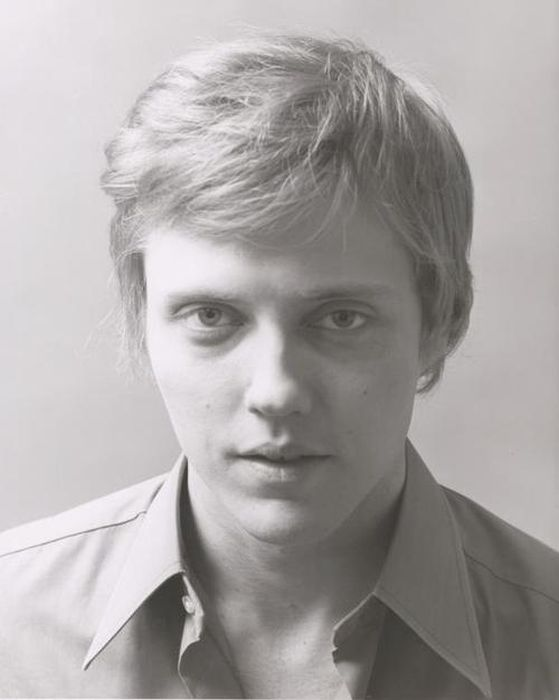 Older Actors When They Were Young (28 pics)