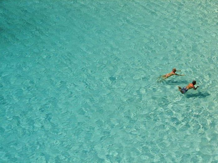 Places with Incredibly Clear Water (34 pics)
