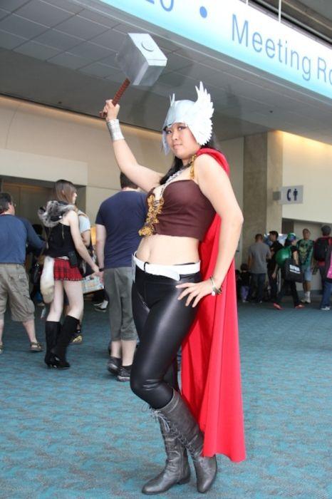 Chicas cosplay en la Comic-Con 2012. Crossplay_32