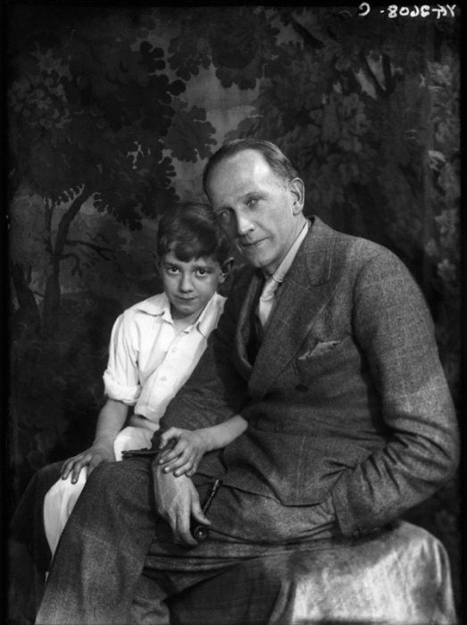 Christopher Robin Milne in 1928 (11 pics)