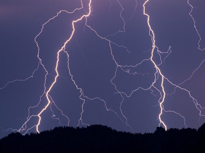 Thunder Storms Lightnings (100 pics)