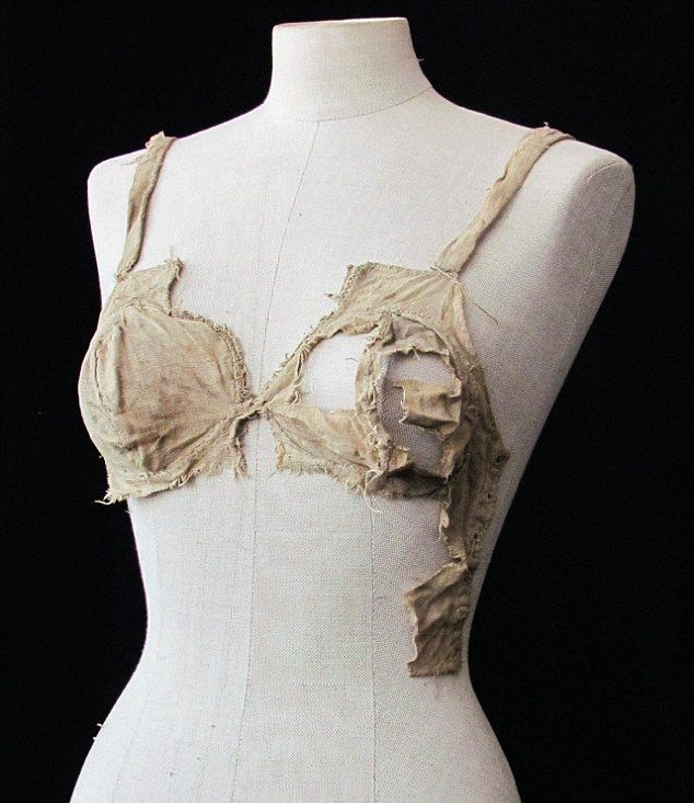 Women's Lingerie of the Past (2 pics)