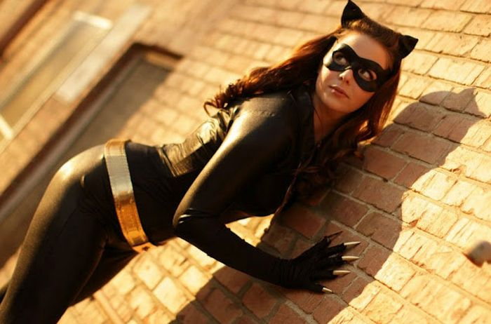 The Hottest Photos of Catwoman (21 pics)