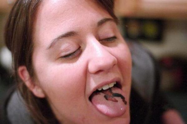 Tongue Tattoos (24 pics)