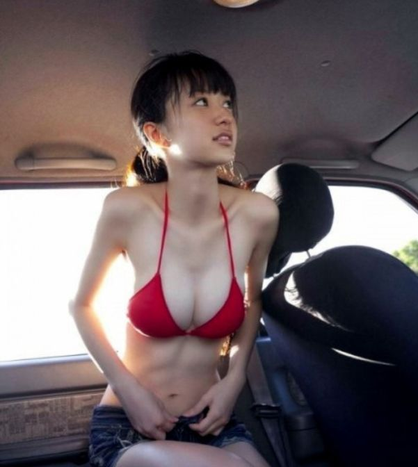 Cute and Sexy Asian Girls (98 pics)