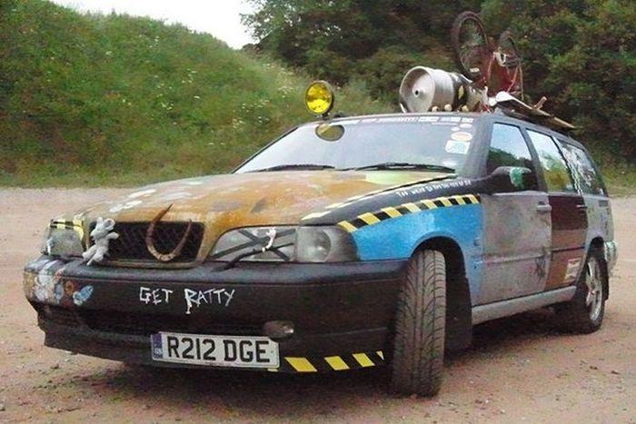 Strange Car Tuning (32 pics)