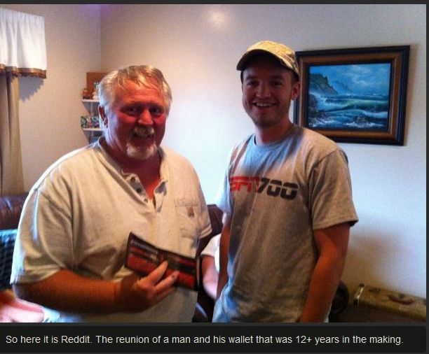 Reunion of a Man and His Wallet after 12 Years (9 pics)