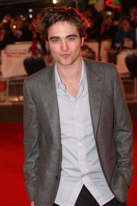 Robert Pattinson (74 pics)