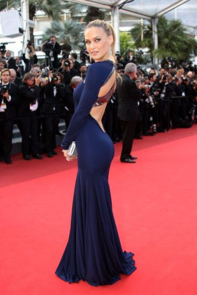 Skintight Dresses (38 pics)