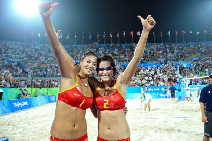 Sexy Girls of Olympic Beach Volleyball (25 pics)