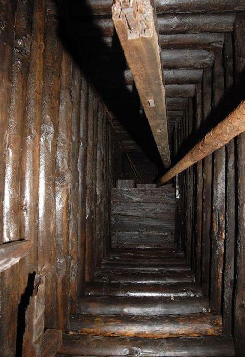 Abandoned Mines (38 pics)