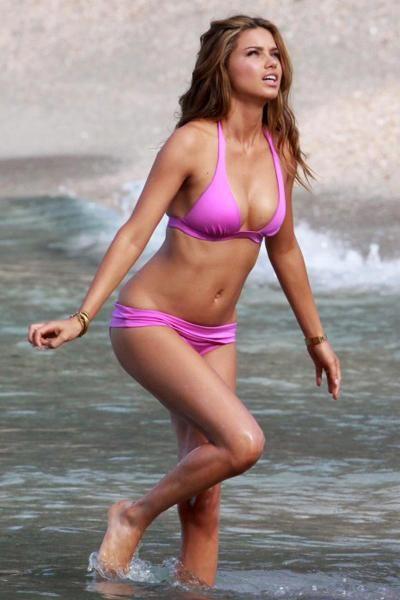 bikini pink Girl in