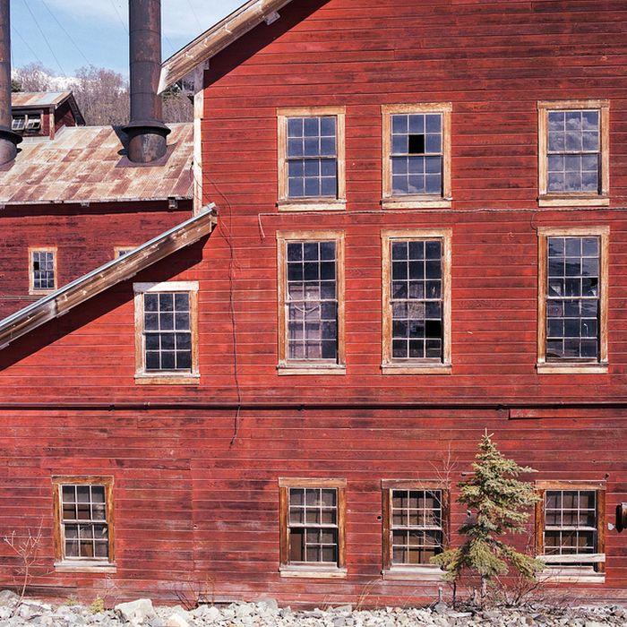 The Kennecott Mine Camp (32 pics)