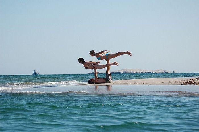 Acroyoga, New Cool Sport Art (19 pics)