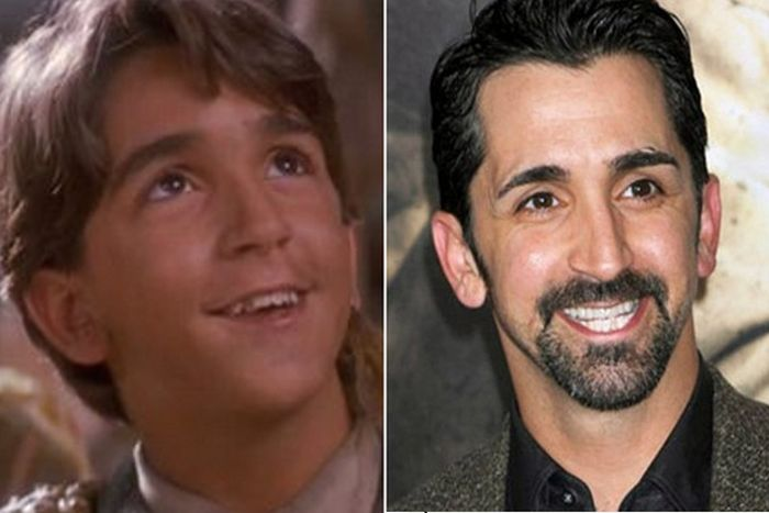 Kids From 'Hook' Then and Now (9 pics)