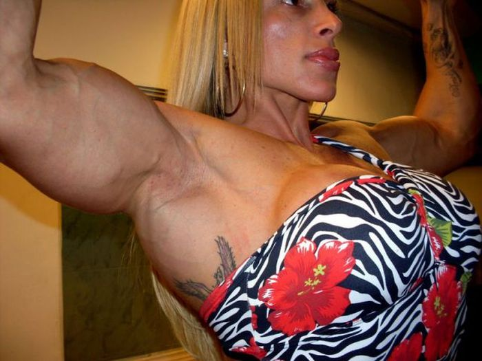 Woman after the Years of Intense Workouts (30 pics)