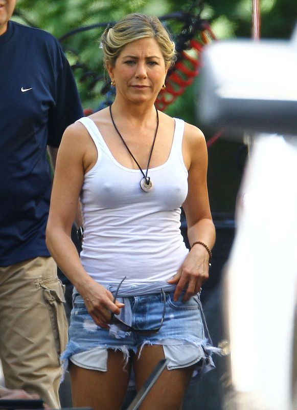 Jennifer Aniston (7 pics)