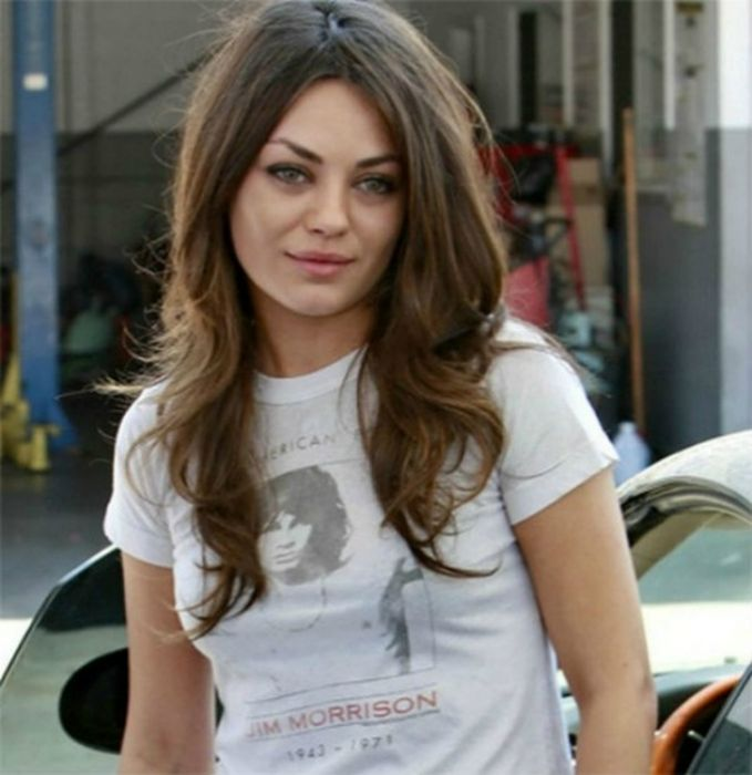 Celebrities Wearing Celebrity T-shirts (49 pics)