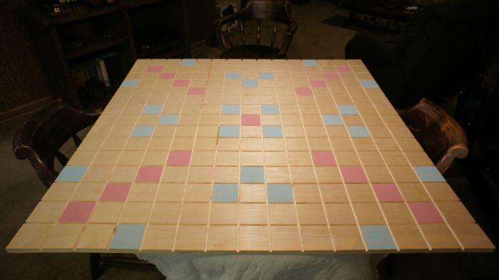 Giant Scrabble Board (45 pics)