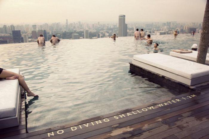 Skylines from Around the World (23 pics)