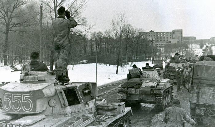 Military Photos (100 pics)