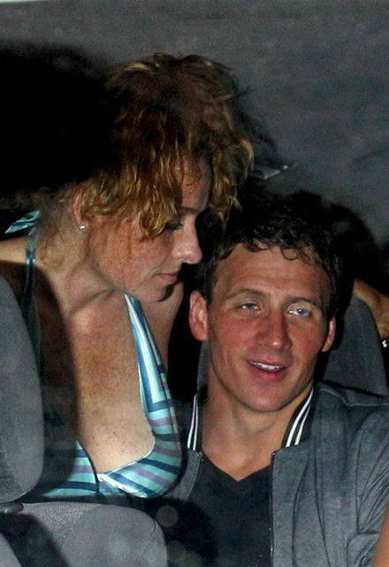 Ryan Lochte & US Swim Team Party In London (13 pics)