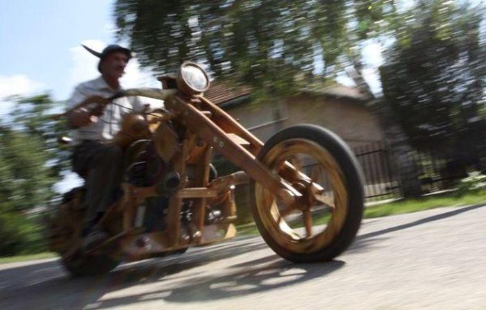 Wooden Chopper (5 pics)
