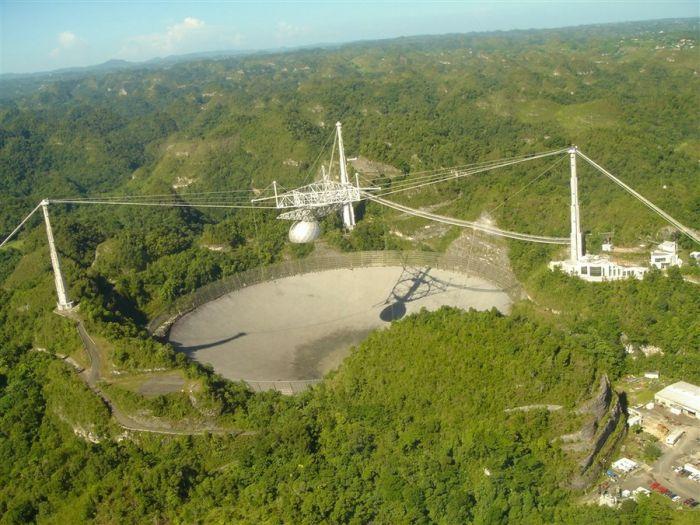 Arecibo Observatory in Puerto Rico (52 pics)