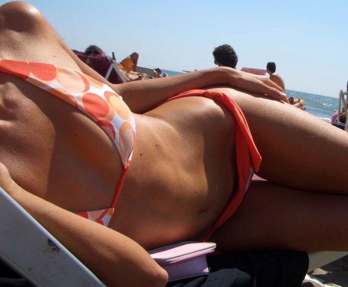 Beach Girls (54 pics)