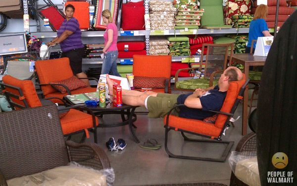 People of WalMart. Part 17 (55 pics)